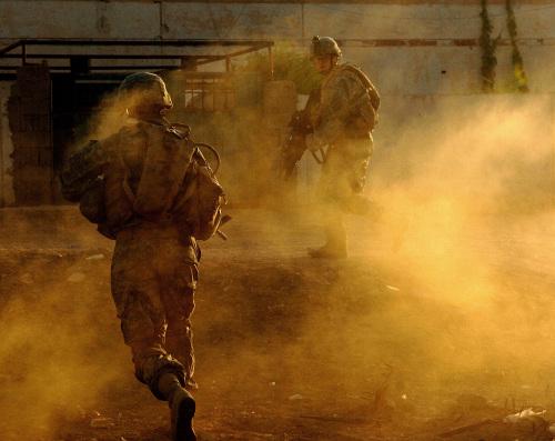 ハート・ロッカー↑イラクで撮影。アメリカ軍・軍事情報センター提供。.jpg