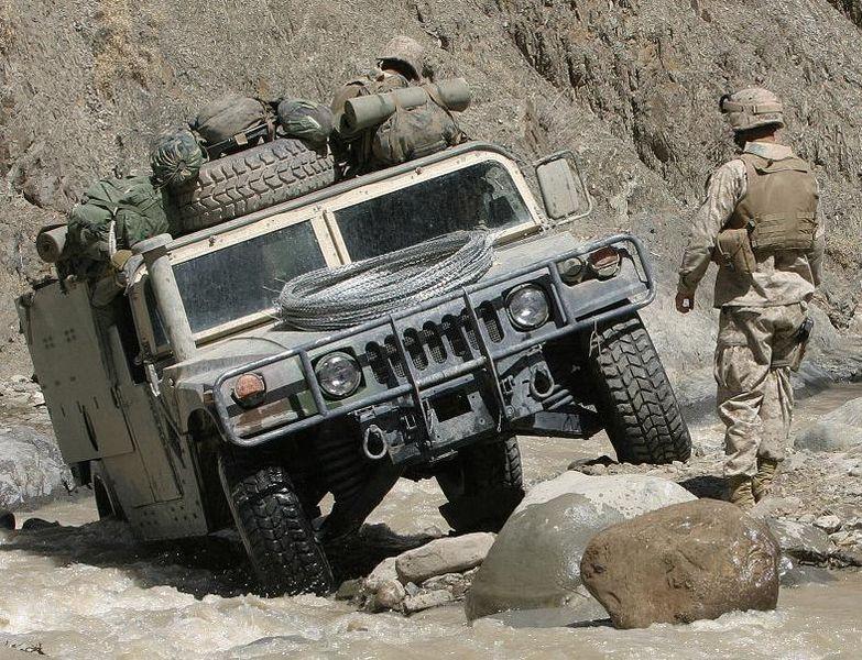 ↑ハンヴィー。撮影場所はアフガニスタン。アメリカ国防総省提供。.jpg