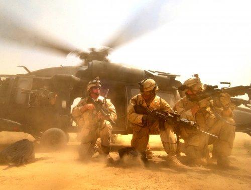 イラク・バグダッド アメリカ軍・軍事情報センター提供.jpg