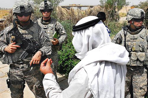イラク・マムディーヤで最近の反政府勢力の.jpg