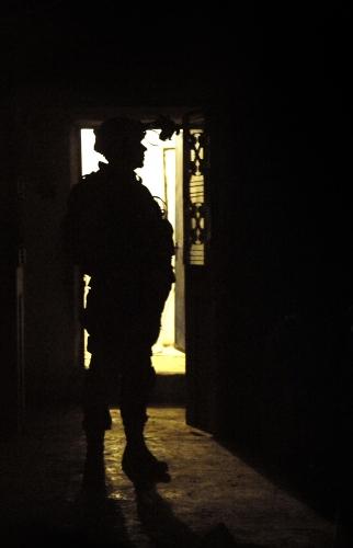 ハート・ロッカー↑イラクにて。アメリカ軍・軍事情報センター提供。2.jpg